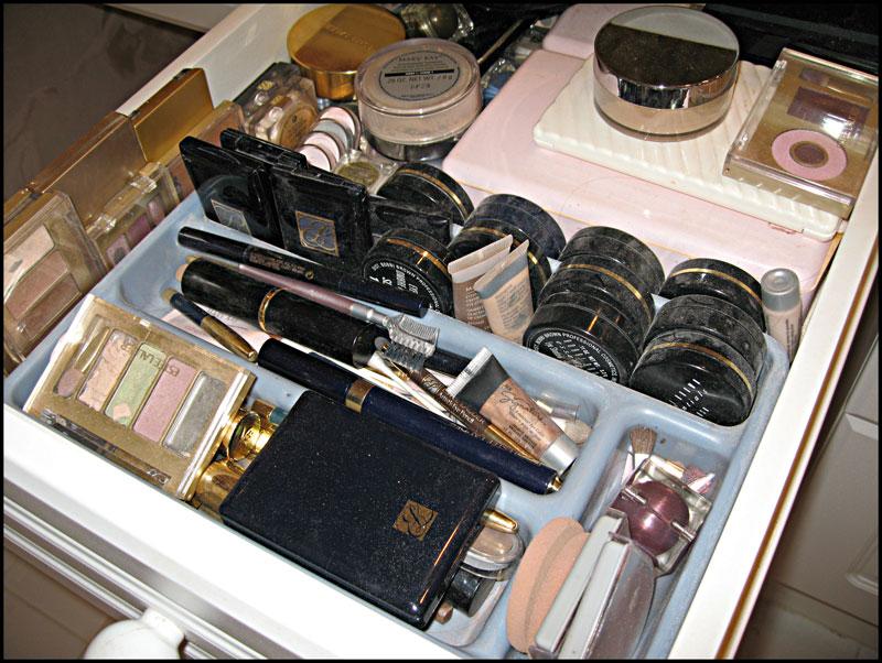 Alyssa's-favoirte-drawer