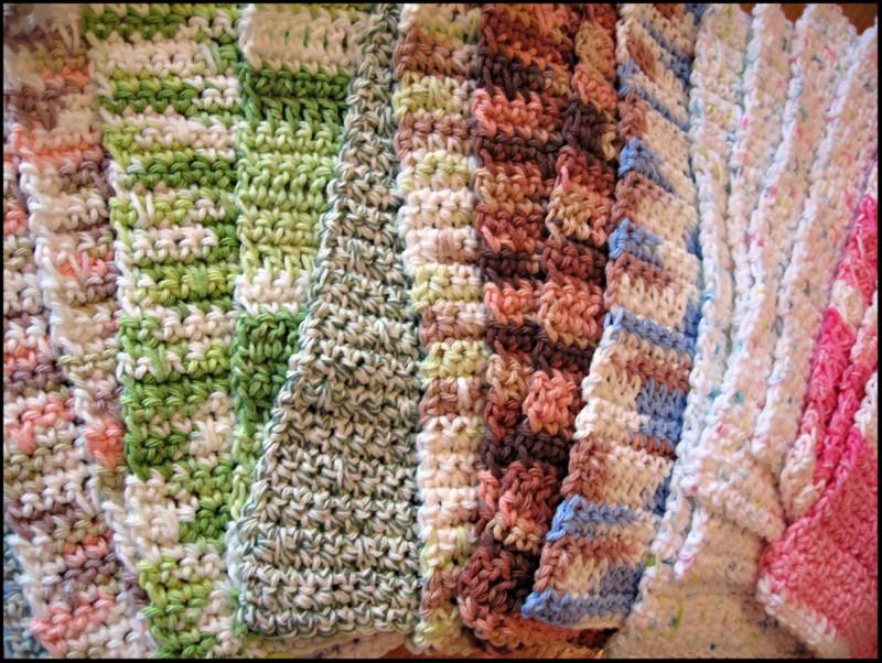 Stacks of dishcloths (800x602)