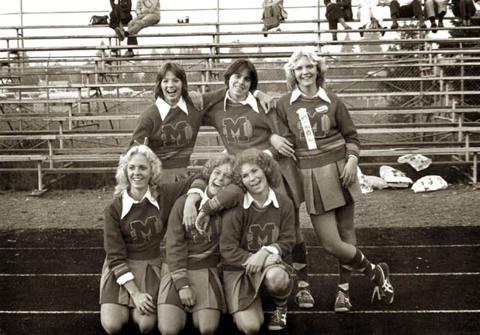 Mac_hi_cheerleading_02
